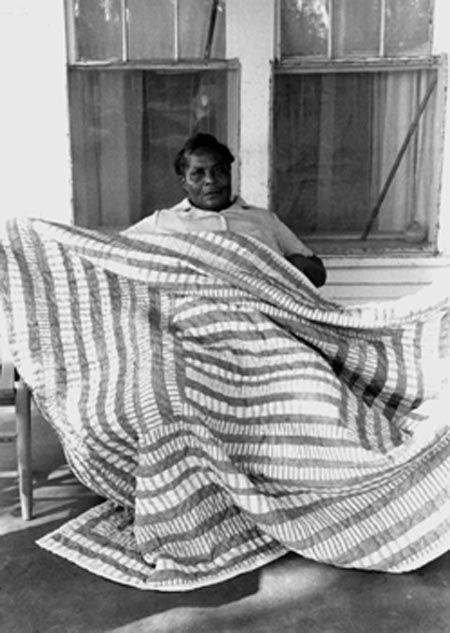 laktoa woman essay