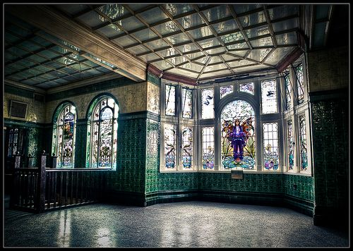 This is part of the Victoria Baths near Longsight Manchester, opened in 1906.