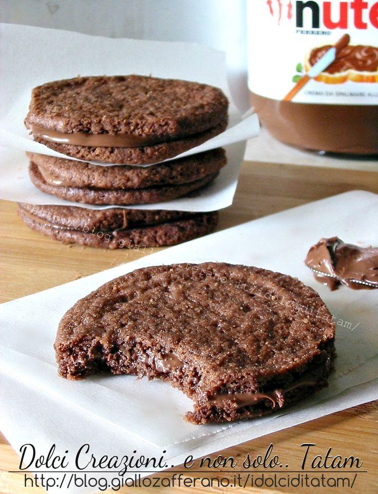Biscotti Sandwich alla Nutella | ricetta veloce senza uova