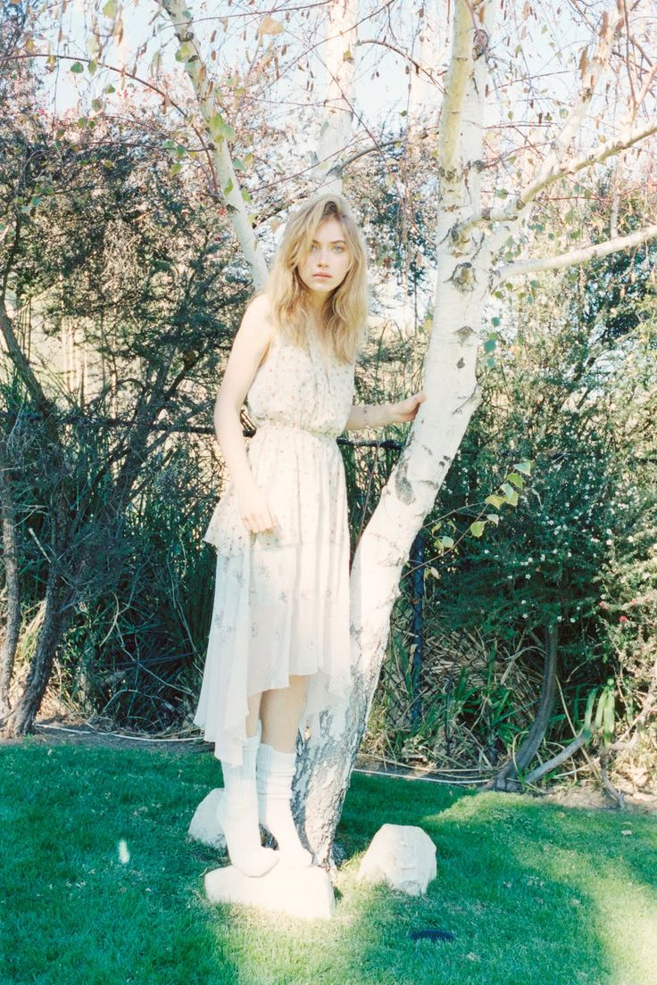 Fashion Mode Photography - Sunshine Superstar  Imogen Poots by Colin Dodgson for Twin Spring/Summer 2012!