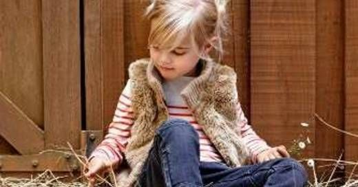 """What are the best country songs about children? This list includes great country songs such as """"Thank God For Kids,"""" """"In My Daughter's Eyes,"""" """"The Baby,"""" and """"My Little Girl."""" Songs about kids make us think of when we were children, our own childhood, and the bitter sweet nature of watching our own..."""