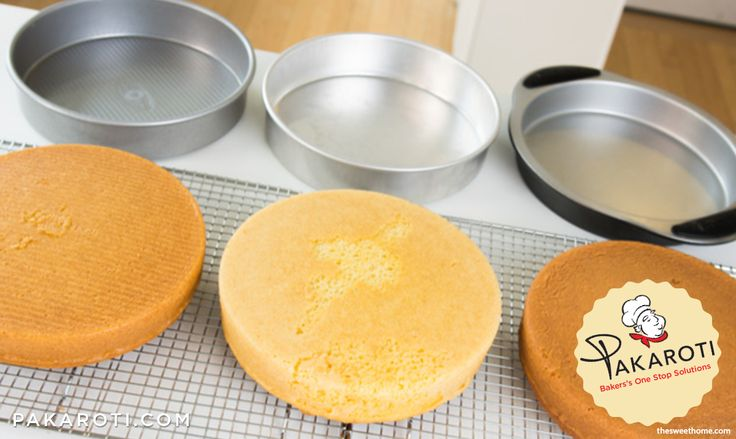Sifat loyang berwarna gelap adalah lebih mudah menyerap panas. Akibatnya, bagian luar adonan cake akan lebih cepat berubah warnanya menjadi cokelat sebelum bagian dalamnya matang. #InfoPakaroti
