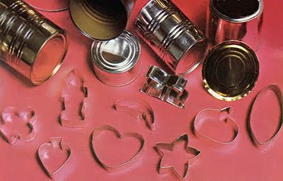 Did you know you can make your own cookie cutters from steel cans, needle-nosed pliers and a pair of tin snips? Recycle and customize your holiday cookies in one fell swoop!