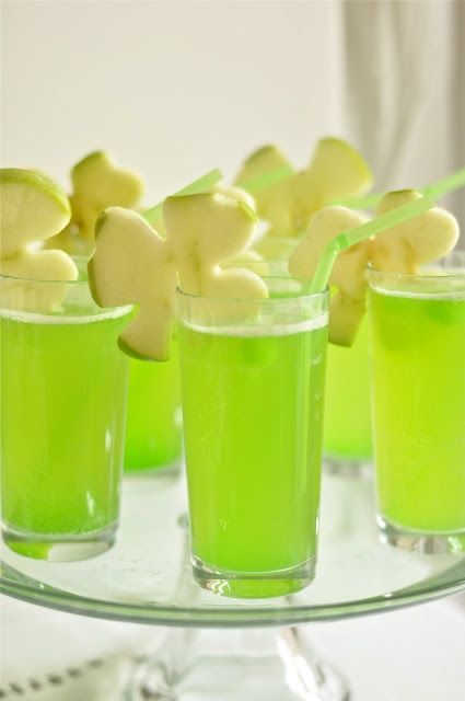 yummy shamrock drinks!