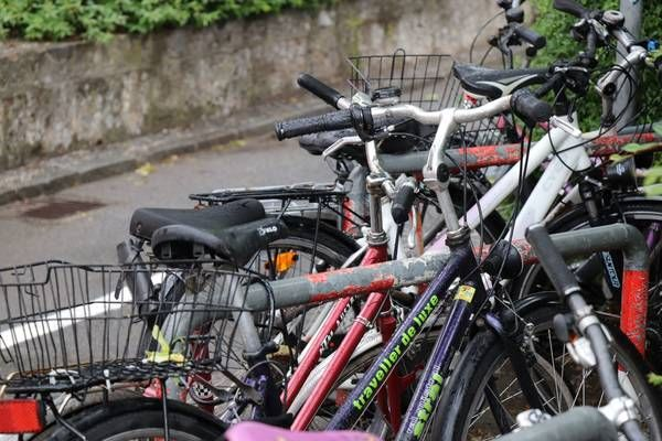 Innsbruck Mehr Platz Fur Genutzte Fahrrader In 2020 Fahrrad