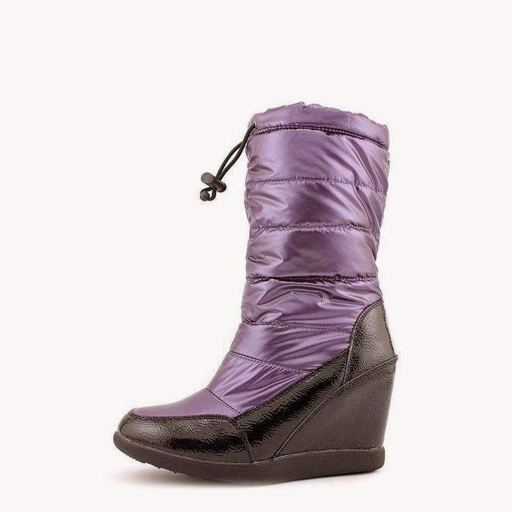 """Cougar """"Gander"""" quilted wedge snowboot #boots #wedge #"""