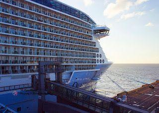 """Gabriele Manholds Blog: Die """"Ovation of the Seas"""" zur Endausrüstung in Bremerhaven"""