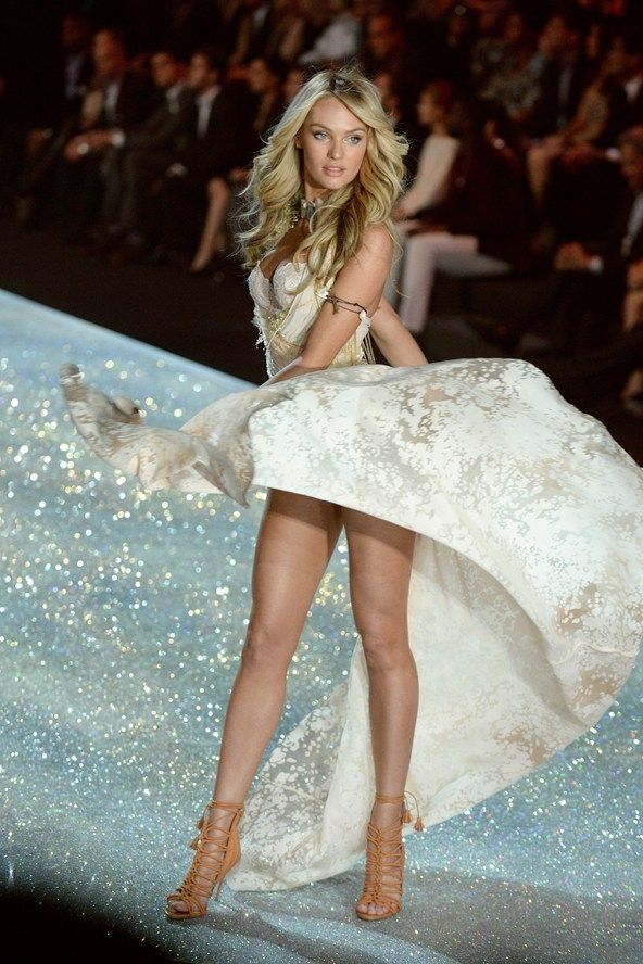 84 best images about Candice Swanepoel - Fashion Shows on ...
