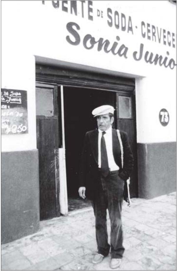 Roberto Parra.