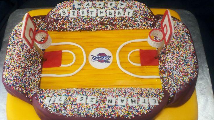 Basketball court cake