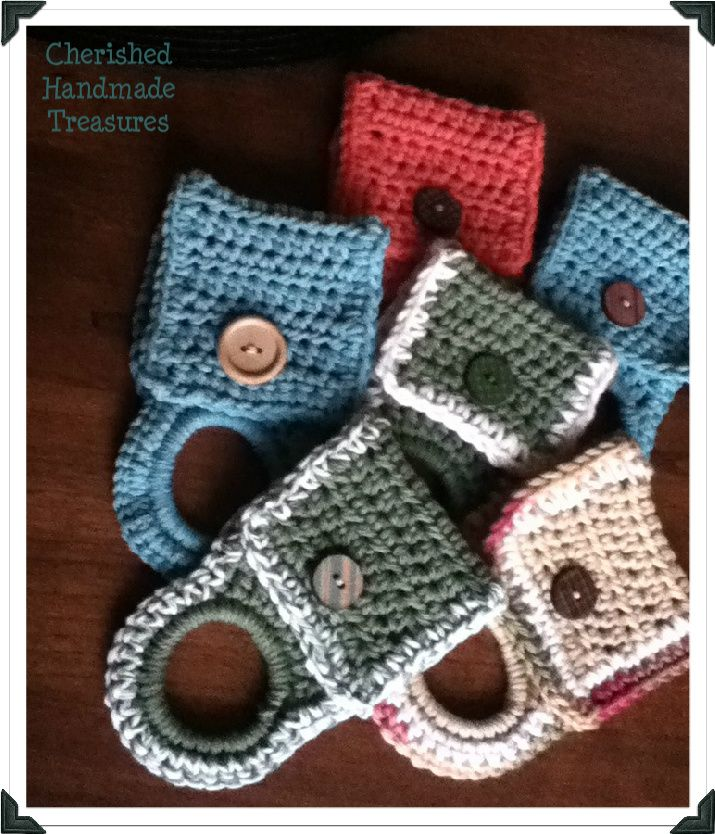 Easy CrochetedTowel Holder | Cherished Handmade Treasures--make to include with a holiday themed dishtowel for a quick hostess gift during party season!