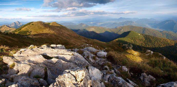 hreben-narodneho-parku-mala-fatra-397.jpg (690×341)