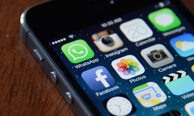Why the future of Facebook is (almost) all about your smartphone... http://fb.me/6C7FW2fTR