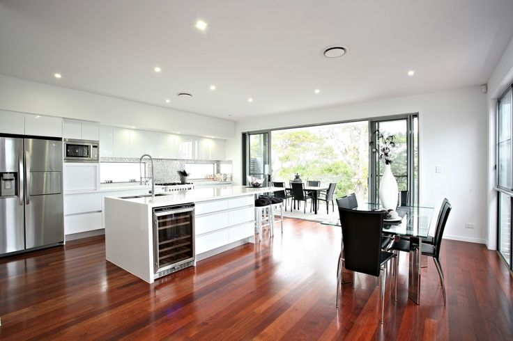http://www.galahomes.com.au/project-gallery/small-lot-homes-town-houses/hawthorne-brisbane-qld