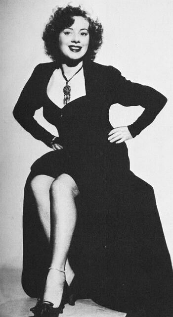 Elsa Lanchester. This is my favorite picture of her.