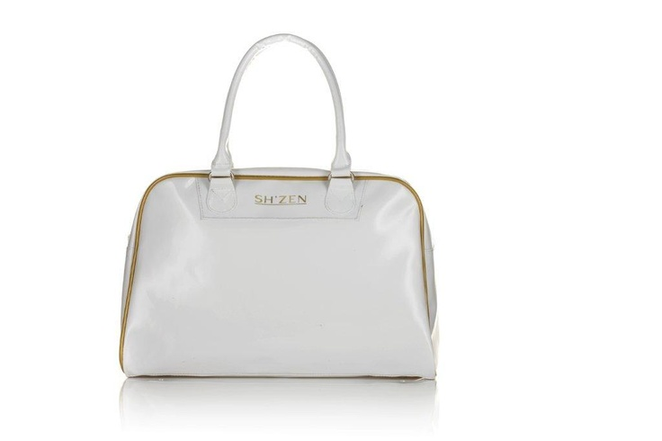 This gorgeous limited edition Overnight Bag could be yours when you host a Sh'Zen spa party between 9-13 May 2013