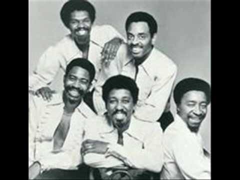 Jimmy Ellis, chanteur du groupe The Trammps dans les années 1970 est décédé jeudi à Rock Hill en Caroline du Sud des complications de la maladie d'Alzheimer. Il était âgé de 74 ans.
