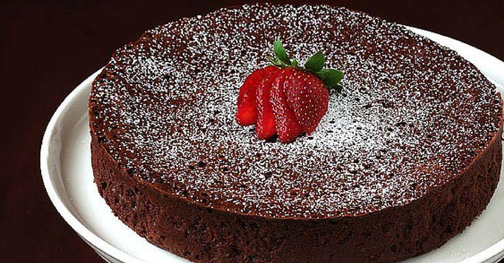 Exkluzivní čokoládový dort bez mouky, pouze ze 3 ingrediencí