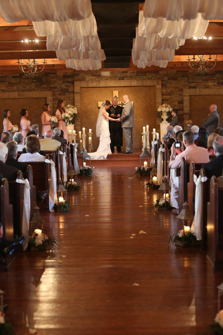 Real Wedding Ceremony In The Chapel Photographed By Http Smithsquaredphotography