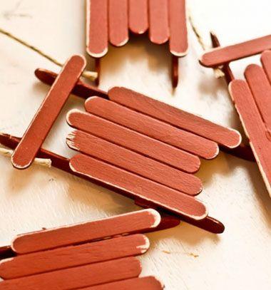 Christmas sled ornament from popsicle sticks / Szánkó jégkrém pálcikákból / Mindy - craft tutorial collection