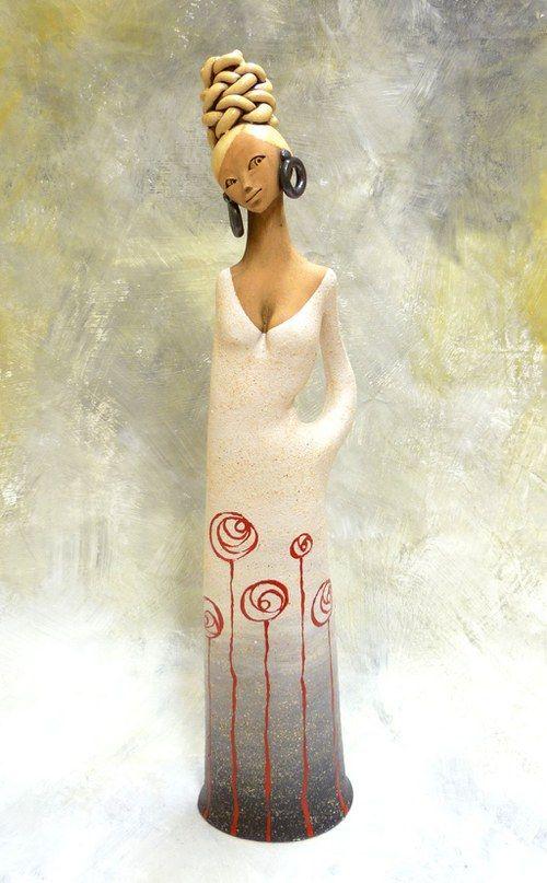 http://www.facebook.com/pages/KB-Galerie/561079683915422 Kateřina Baranowska: Ula - s malovanou sukýnkou