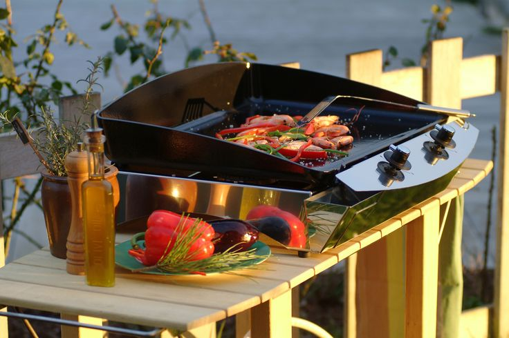 La Plancha 60, 6000 W.  avec 2 brûleurs, parfaite pour une cuisine simple et santé!