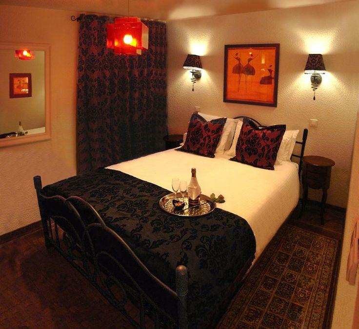 Romantic Homes Decorating: 1000+ Ideas About Romantic Bedroom Design On Pinterest