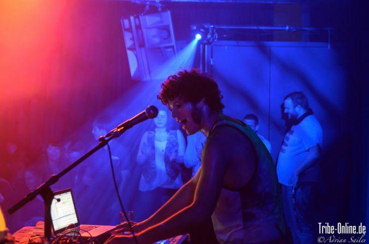 Konzertbericht: KID SIMIUS - Schmitz Katze, Freiburg (28.03.2014) Weitere Fotos auf unserer Seite...