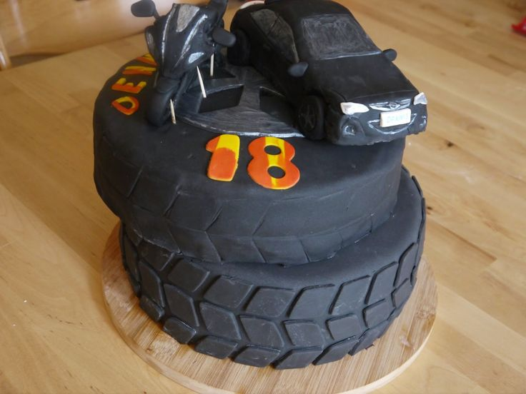 Auto Torte Reifentorte Himbeer Mascarpone !!!