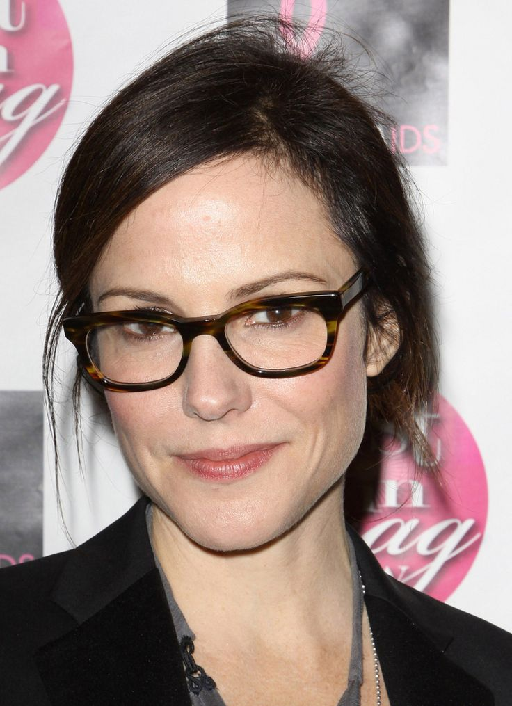 Mary-Louise Parker, nice specs :)