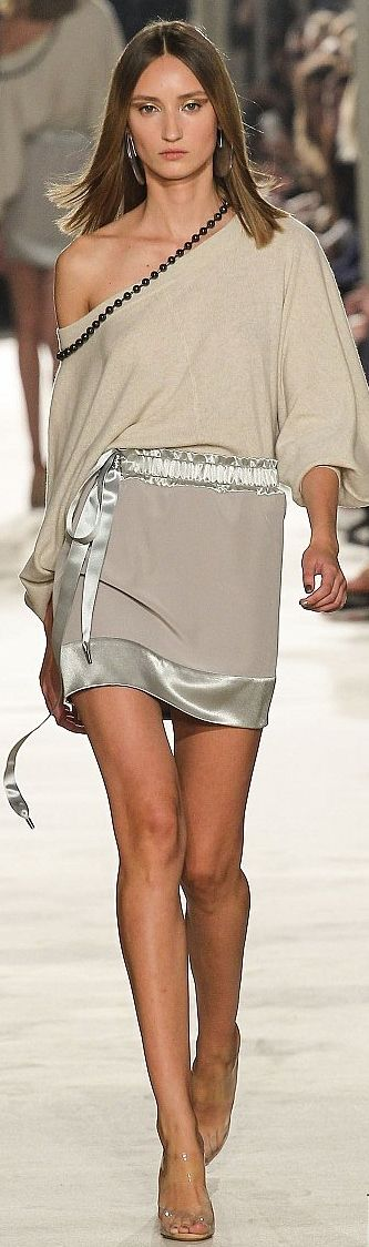 Alexis Mabille RTW Spring/Summer 2015