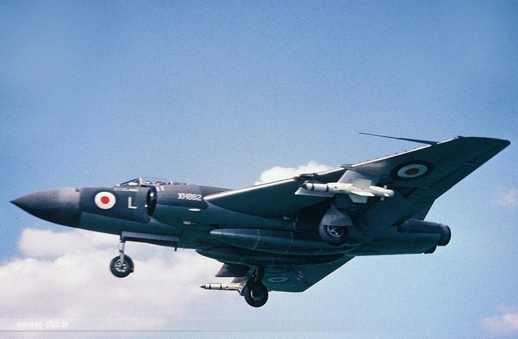 1951 - Royal Air Force (RAF) Gloster javelin (Twin-Engined Jet Fighter / Interceptor)