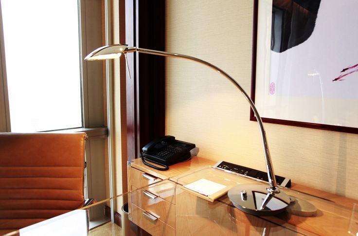 Lampa biurkowa Estiluz