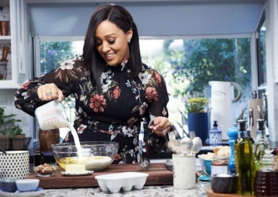 How Tia Mowry learned to use food to ease her endometriosis