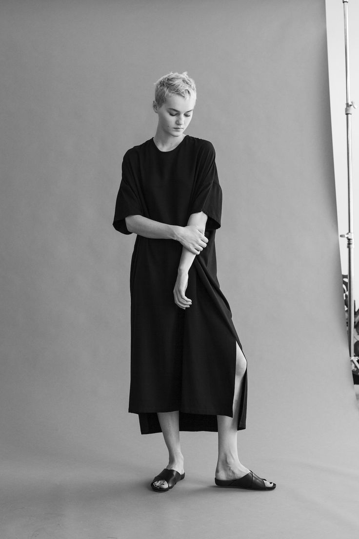 From the Shaina Mote Core Collection, the Argento dress is constructed all from all rectangular shapes with a harmonious drape. Features stitch-in geometric pockets, a back keyhole entry at neckline w