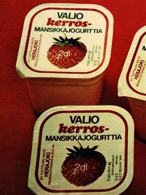 Valiojogurttipurkkeja 70-luvulta.