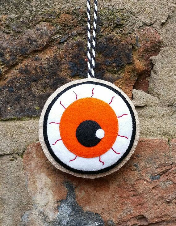 Felt halloween eyeball ornament by TillysHangout on Etsy