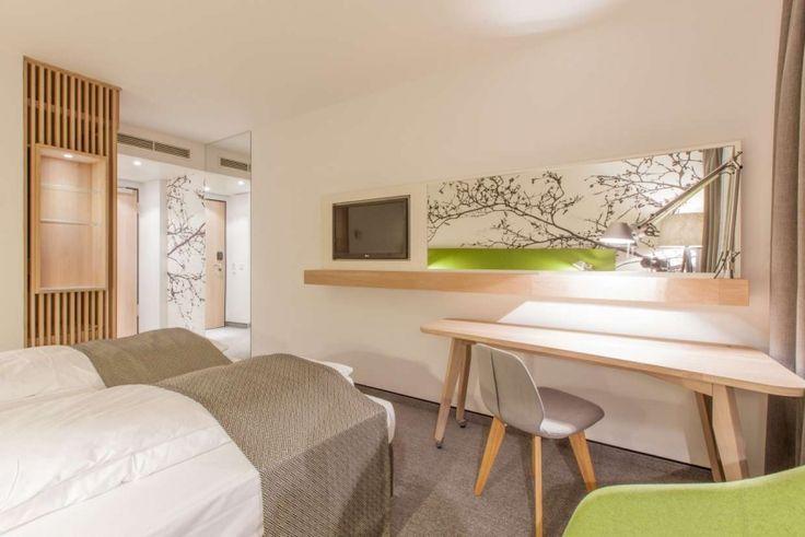 Holiday INN Frankfurt #hotel with tindari #chair  #design #interiordesign #furniture