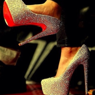 Sparkelyy:): One Day, Red Bottoms, Oneday, Fashion, Wedding Shoes, Christian Louboutin, High Heels, Glitter Heels, Christianlouboutin
