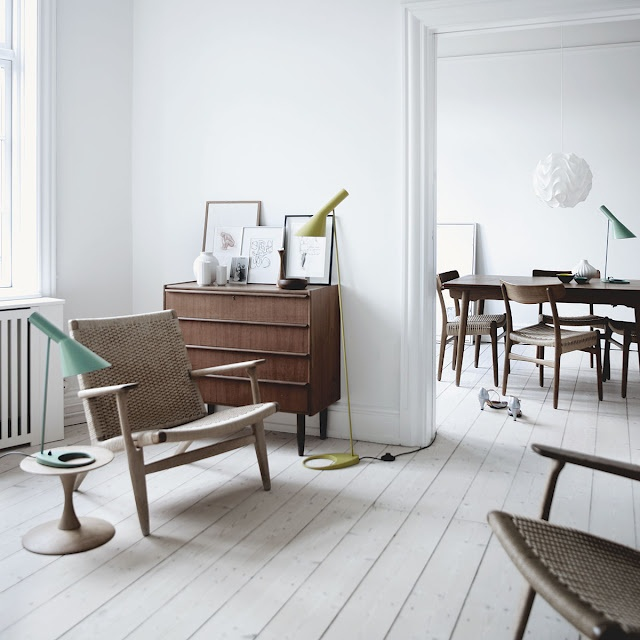 white floors make it happen ... Arne Jacobsen