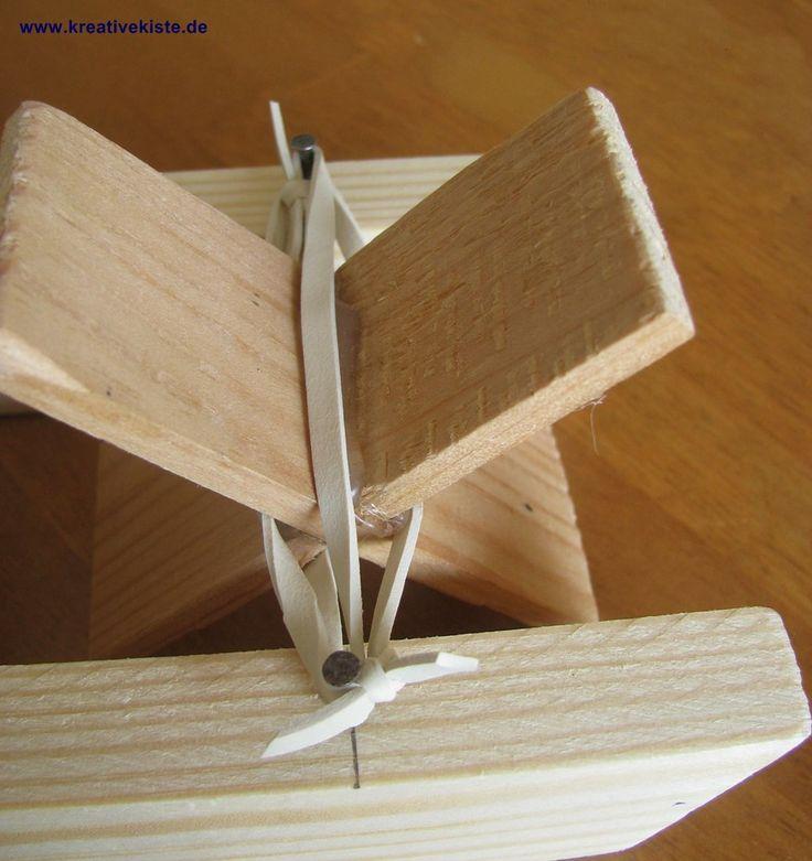 3-Schaufelrad-Gummibandboot-basteln