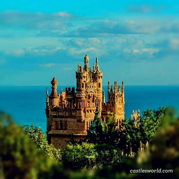 Castillo de Colomares, Spain A monument erected in the late 20th century to pay homage to #ChristopherColumbus and the Discovery of America
