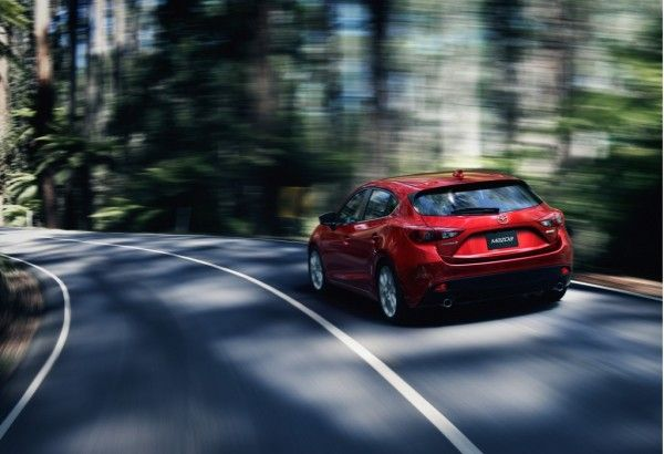 2014 Mazda 3 Reds Wallpaper 600x410 2014 Mazda 3 Full Reviews