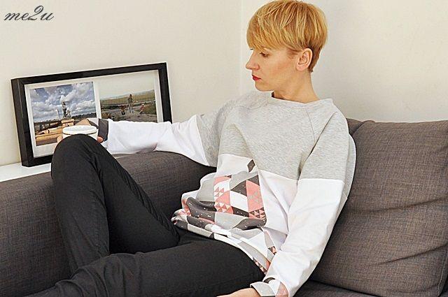 Bluza w trójkąty/sweatshirt