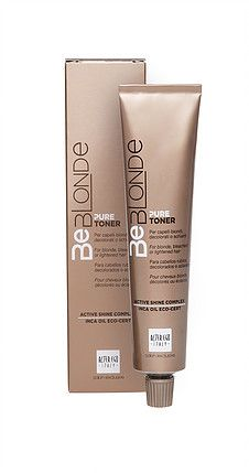 Pure Toner  Toner Cream voor natuurlijk blond, geblondeerd of opgelicht haar     Progressieve en evenwichtige kleuring, neutraliseert ongewenste warme onderliggende pigmenten, delicate formule met eco-gecertificeerde Inca-oil en Active Shine Complex, zonder ammonia dus zeer comfortabel voor de hoofdhuid en de haarstructuur, uitstekende lang houdbare glans.      Verkrijgbare kleuren  • PURE WHITE: ICE COLD, PURE PLATINUM: ASH BLONDE,  PURE CARAMEL BLONDE, PURE CIPRIA PASTEL BLONDE.