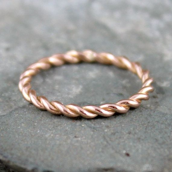 Rose Gold Band  Twist Band  14K Rose Gold Ring  von ASecondTime, $250.00