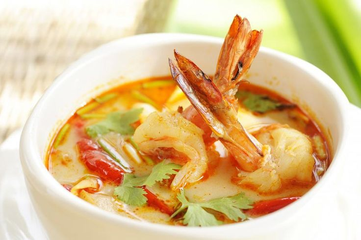Ingredients  200g raw king prawns (OK to use frozen raw prawns), try to get prawns sourced from UK waters 150g small new potatoes (quarter or halve if larger) 1 red pepper in thin strips 1 x 400g tin of full fat coconut milk 1 – 2 tbsp Bart or Blue Elephant massaman curry paste (can be found in the spice aisle of most supermarkets), or use thai red curry paste 1 cinnamon stick 2 squashed cardamom pods 1 tsp brown sugar (shock horror!) 2 limes (one juiced and one cut into quarters for…