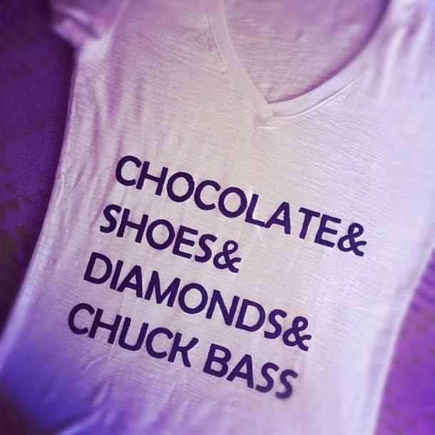 t-shirt, clothes, tshirt, chuck bass, gossip girl, shoes, diamond, chocolate, v cut - Wheretoget