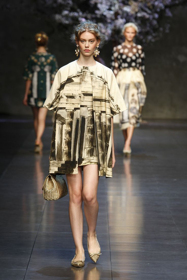 dolce-and-gabbana-ss-2014-women-fashion-show-runway-24-zoom