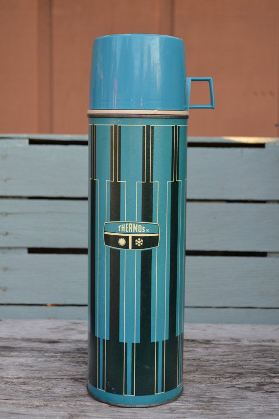Check out this item in my Etsy shop https://www.etsy.com/listing/243952663/vintage-mid-century-modern-thermos-large